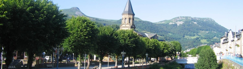 CAMPING LES VERNIERES - LA BOURBOULE - AUVERGNE - RANDONNEES